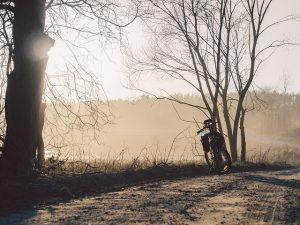 Na kole kolem Lipna, díky které se na přívozu svezete hned dvakrát.