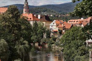 Nejkrásnější památky z Vltavy: Vyšší Brod – Rožmberk – Branná – Český Krumlov – Zlatá Koruna – Boršov