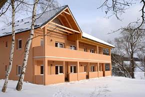 Budova apartmány Nad rybníky zima