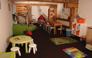Penzion je bezvadný pro rodinnou dovolenou - uvnitř najdete dětský koutek.