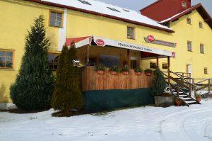 Ubytování na farmě v jižních Čechách, kde je pro vás v chodu restaurace se šumavskými specialitami.