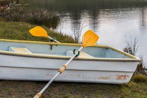 V zimě, v létě, na vodě... Půjčovna sportovního vybavení Lipno Centrum má pro vás všechnu výbavu.