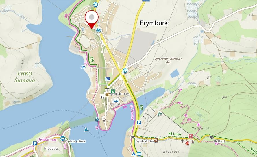Svět pod hladinou najdete kousek od hlavní silnice na kraji Frymburku.