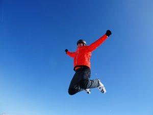 Při ubytování na Lipně je důvodů k radosti hodně. Třeba výhodné skipasy na lyžování v Hochfichtu v rámci výhodných balíčků.